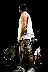 Большой теннис – крученый удар слева одной рукой