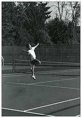 Удар с лета в большом теннисе