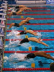 Техника старта из воды в плавании на спине
