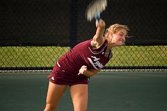 Большой теннис – удар над головой