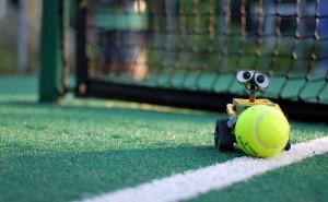 Скорость полета теннисного мяча