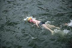 Техника плавания на боку