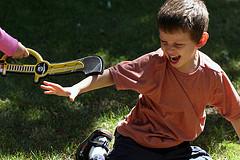 Подвижные игры для мальчиков и девочек